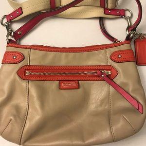Authentic COACH Daisy Spectator Crossbody purse